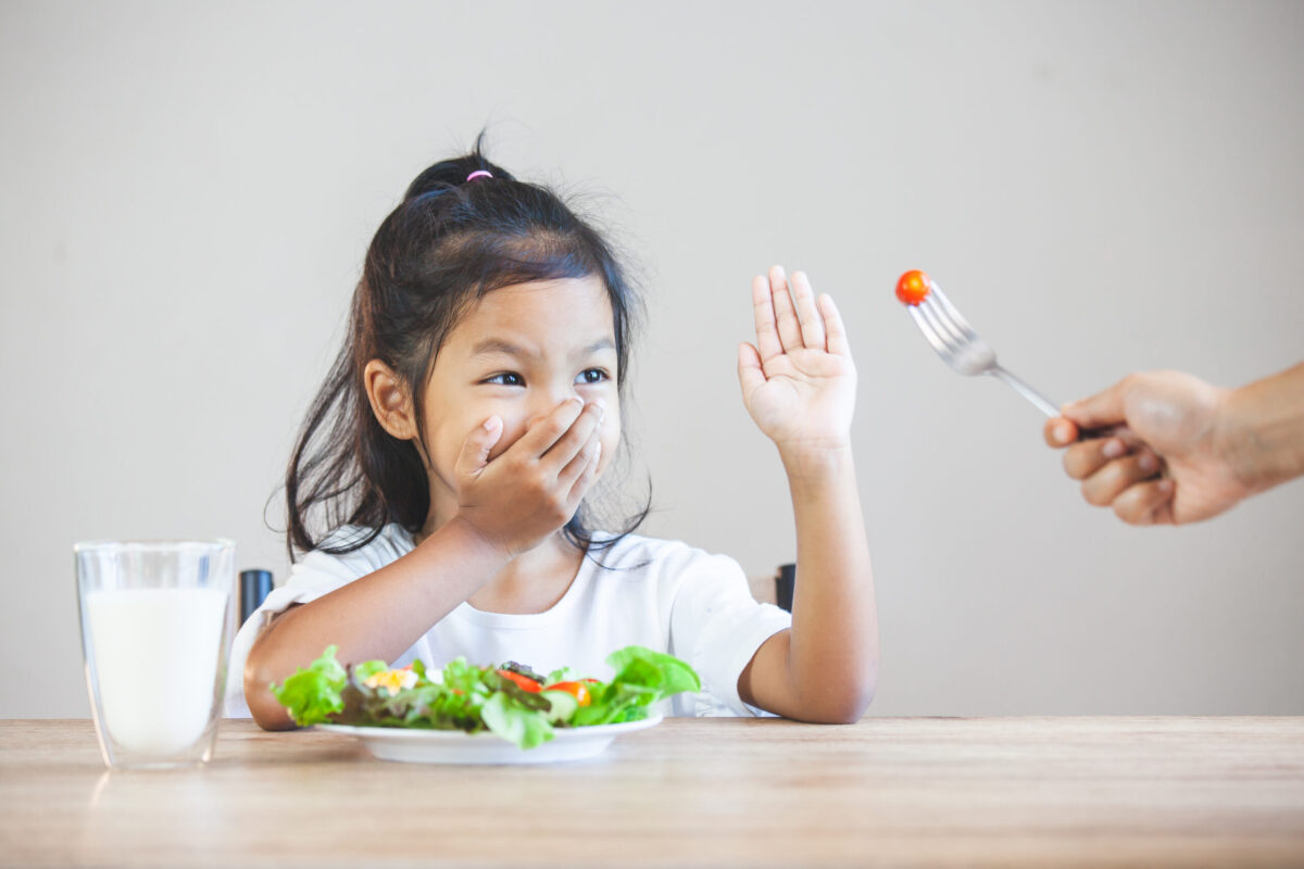 The Benefits of Building Healthy Eating Habits With Kids